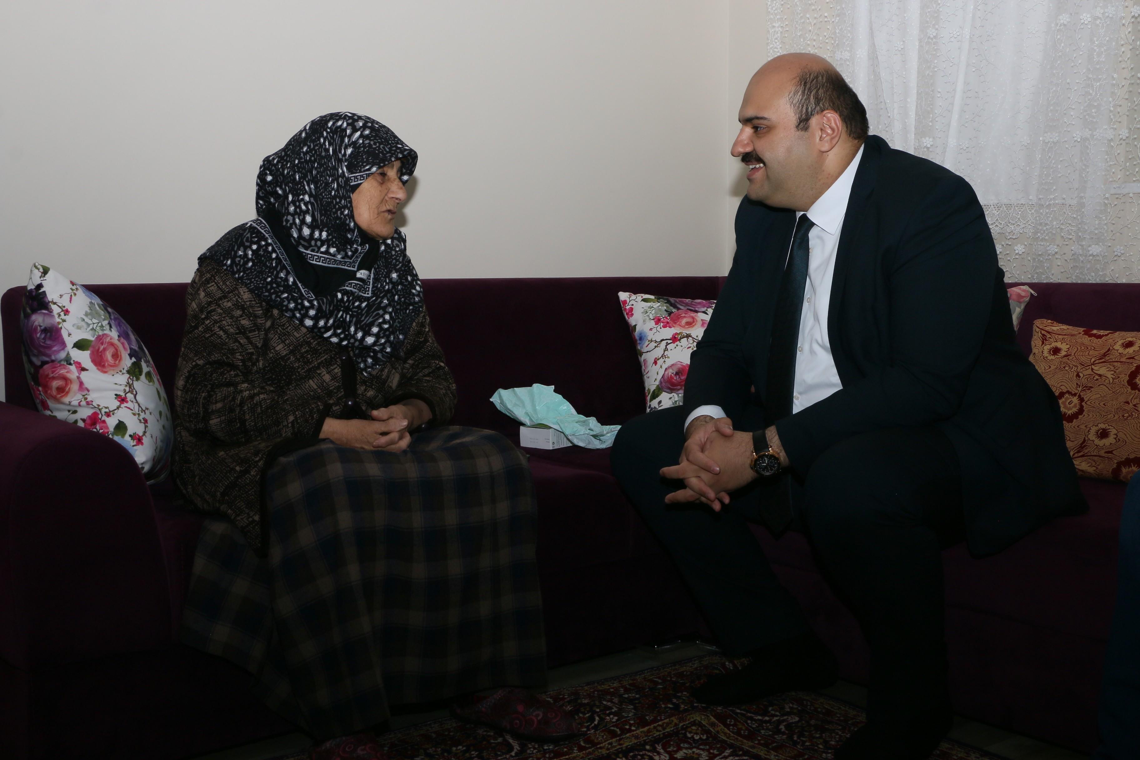 Başkan Orhan, şehit yakınlarını unutmadı