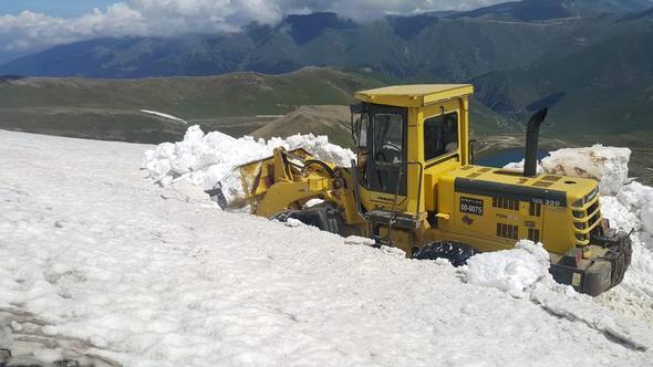 Haziran ayında karla mücadele