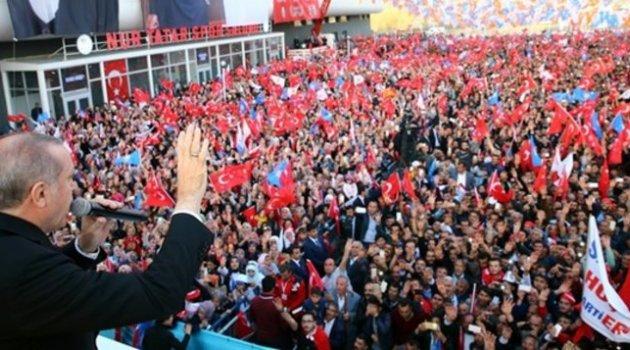 Financial Times: Erdoğan Kürt oylarını engellemekle suçlanıyor