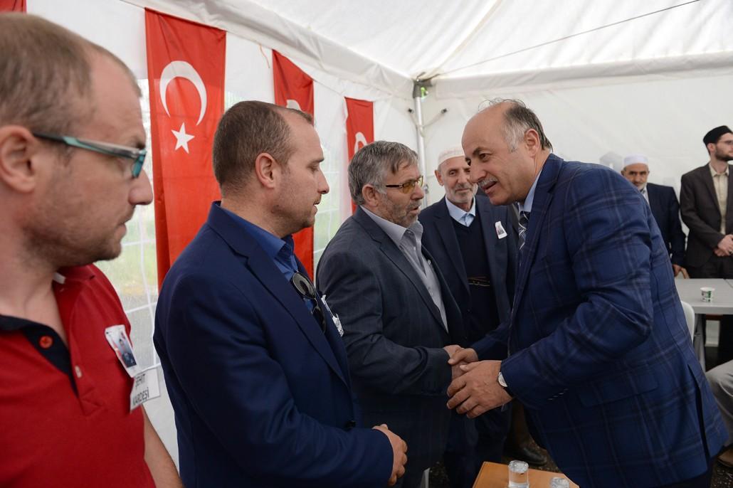 Vali Azizoğlu'ndan şehit ailesine taziye ziyareti