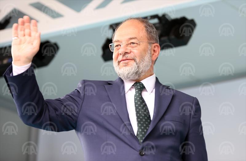 """Meral Akşener'in partisi proje partisidir"""
