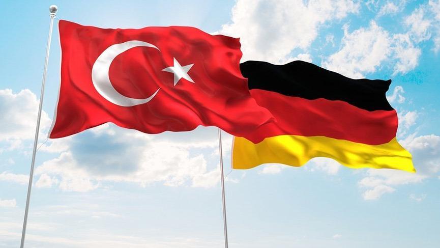 Almanya'dan garip tavır: Gülen sorularına yanıt yok