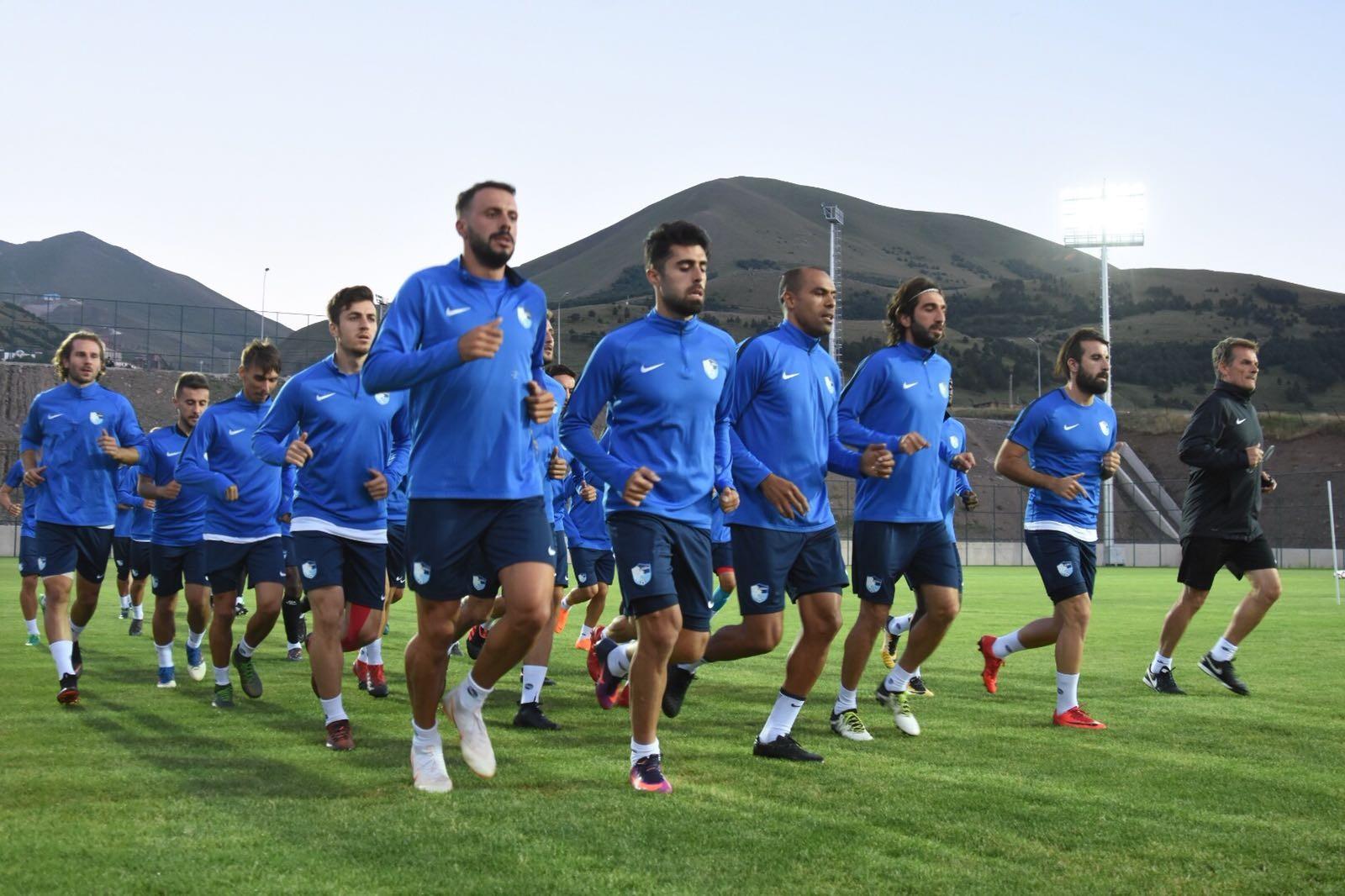 Erzurumspor ikinci etap kamp çalışmalarına başladı