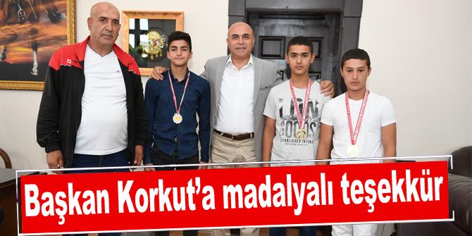Başkan Korkut'a madalyalı teşekkür