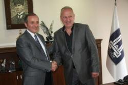 Erzurum BŞB 10 futbolcu aldı!