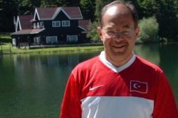 Türkiye onun başarısını konuşuyor