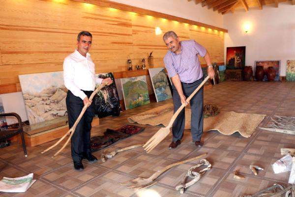Fransa'da Gördüğü Müzeyi İspir'e Kurdu
