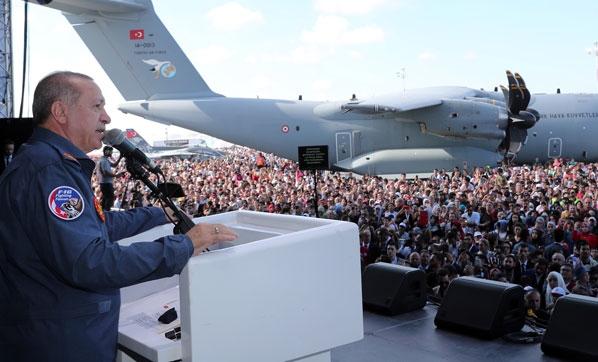 Cumhurbaşkanı Erdoğan'dan AVM'cilere son uyarı: Takkeleri değişiriz