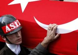 Türkiye ayağı kalktı