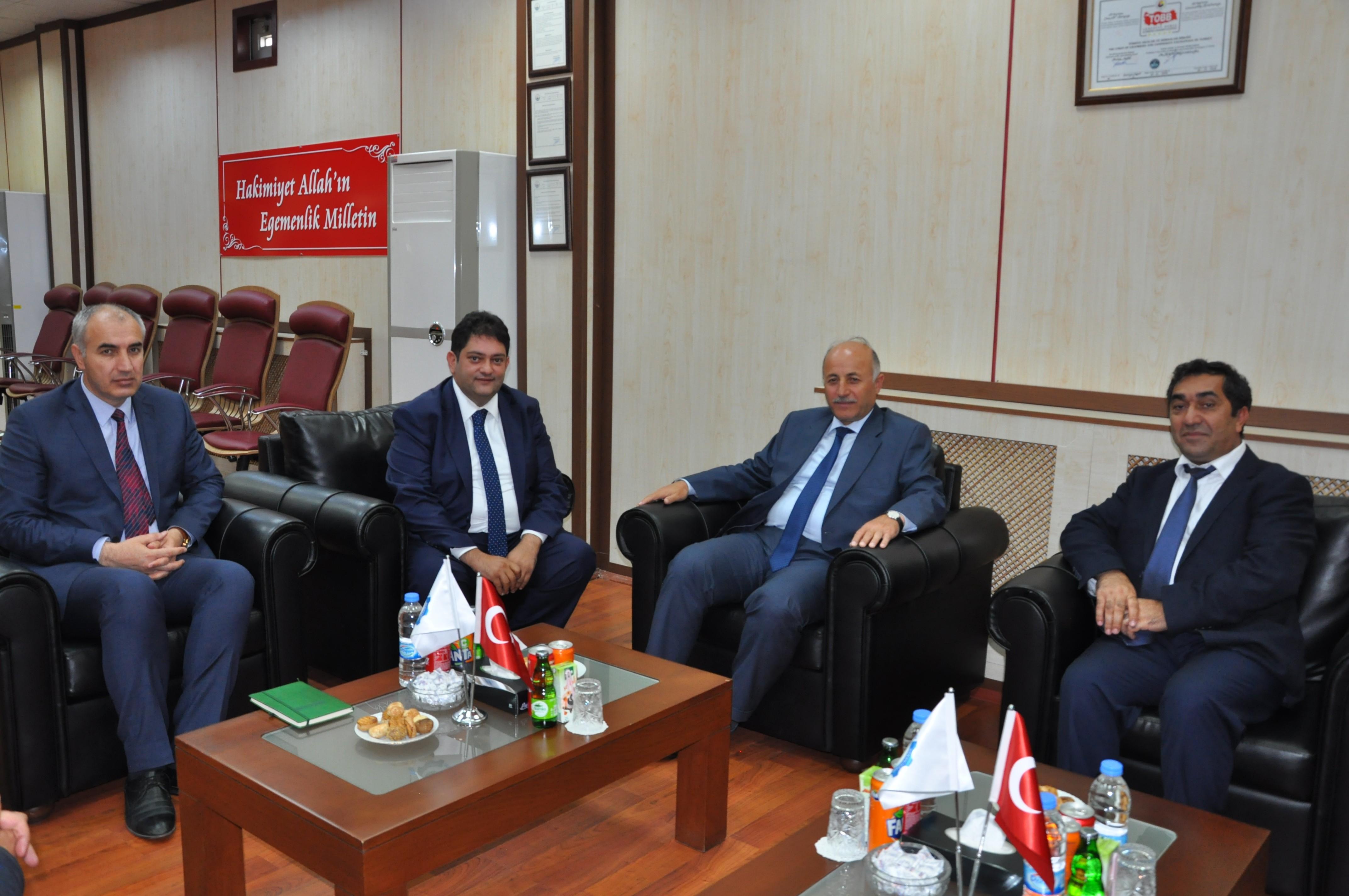 Azizoğlu'ndan, ETB Başkanı Oral'a ziyareti
