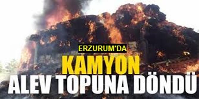 Erzurum'da Ot Yüklü Kamyon Alev Aldı