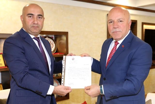 Azerbaycan Dışişleri Bakanı Memmedyarov'dan Başkan Sekmen'e Teşekkür Mektubu