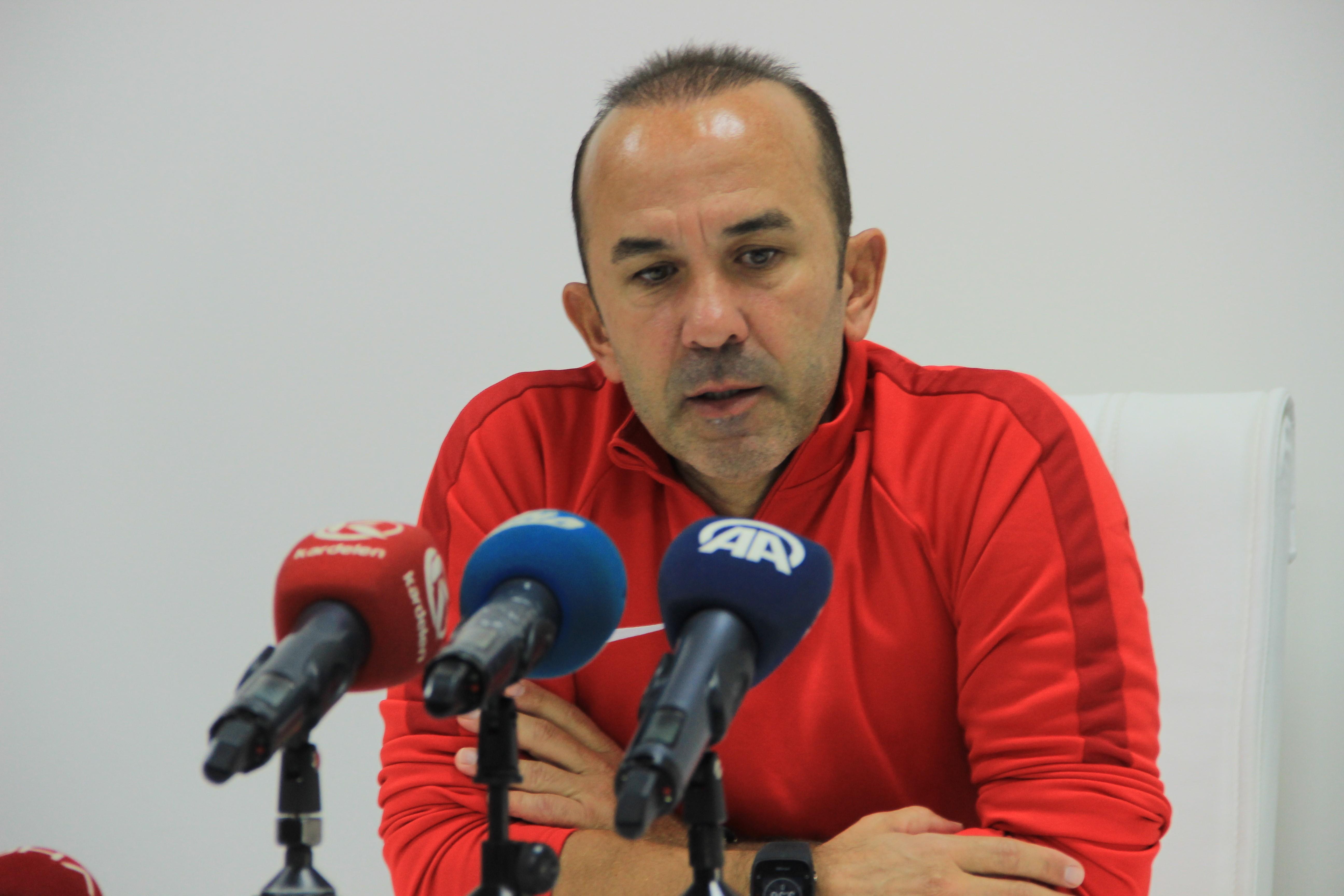 """Özdilek: """"Trabzonspor maçında her türlü puana ihtiyacımız var"""""""