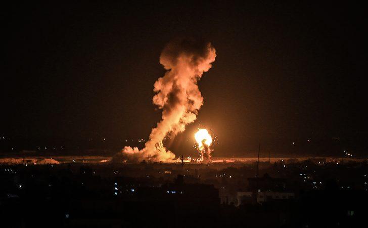 İsrail ordusu Gazze'ye hava saldırısı başlattı! Korkunç fotoğraflar