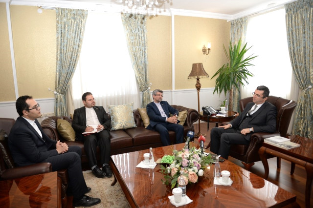 Soltanzadeh Erzurum Valisi Okay Memiş'i Ziyaret Etti