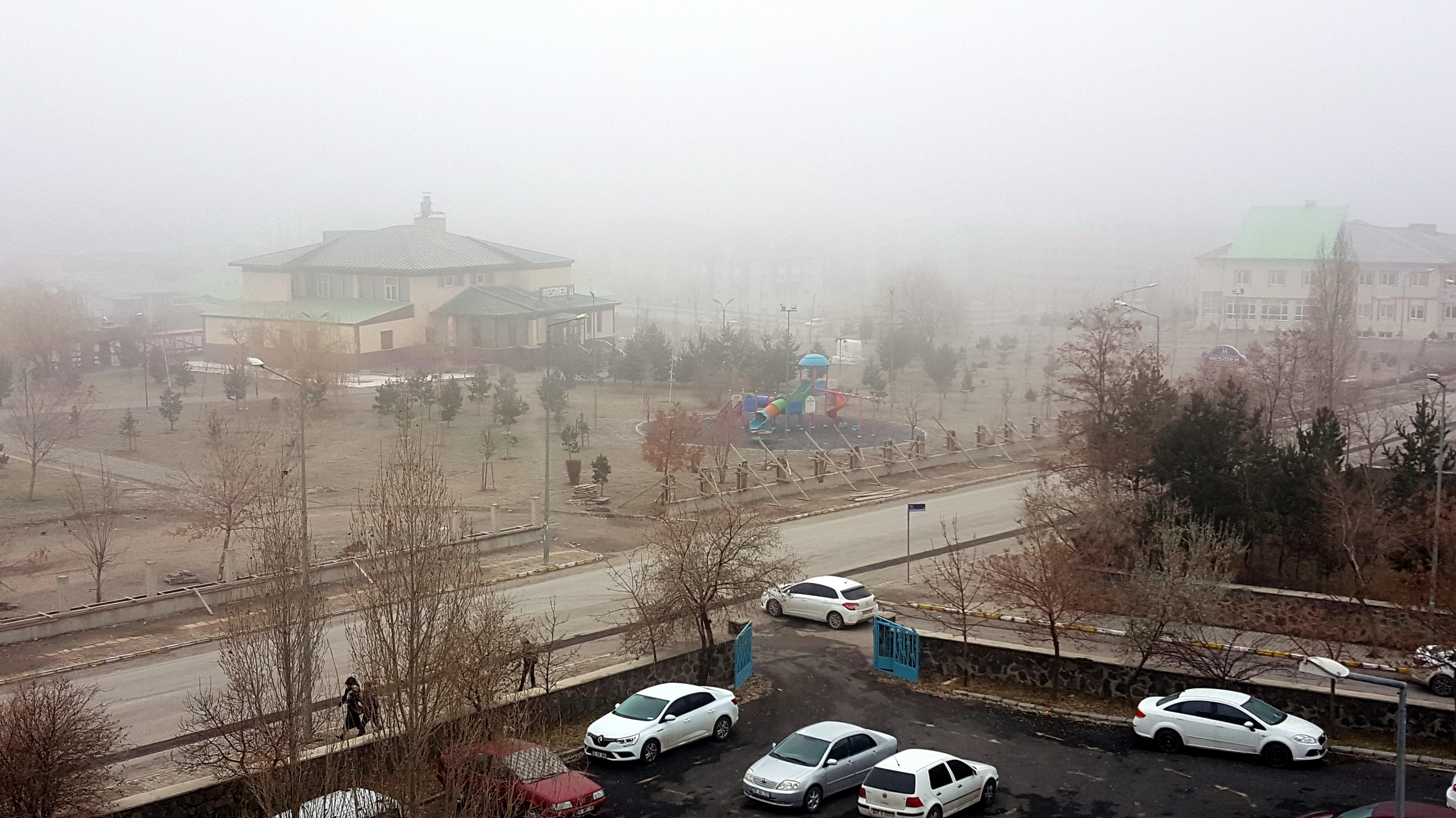Doğu'da sis ve soğuk hava