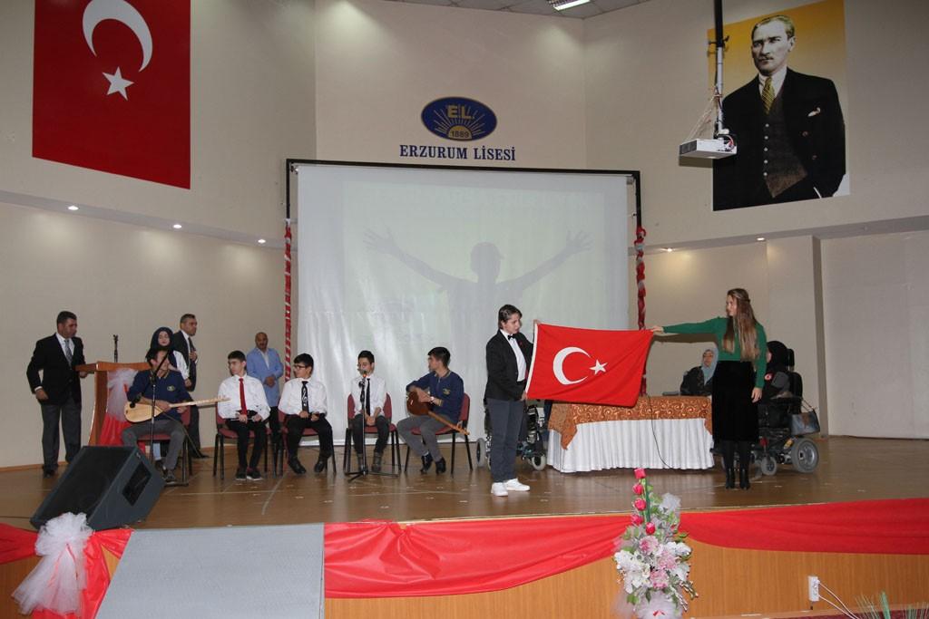 Erzurum Lisesi'nden anlamlı etkinlik