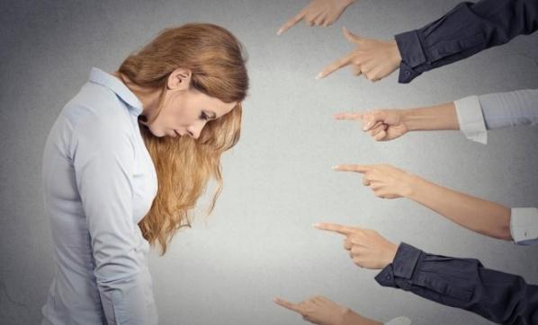 Sosyal fobi hayatı kabusa çeviriyor