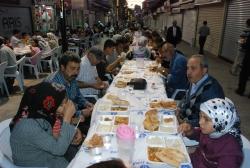 Büyükşehir'den 13 bin kişiye iftar