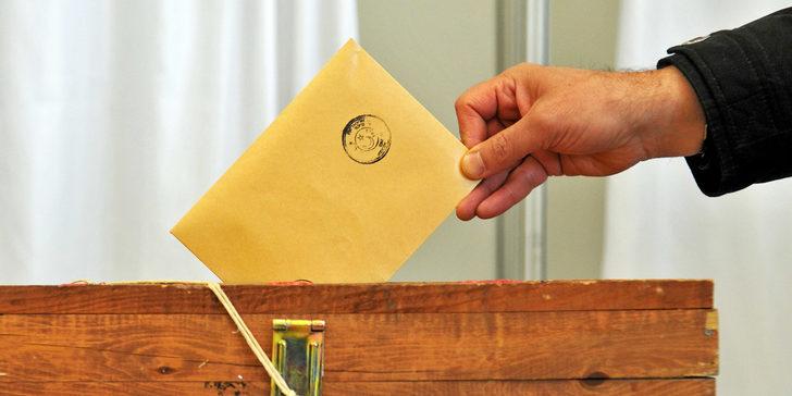 Emek Partisi'ne 31 Mart yerel seçimleri öncesi büyük şok!