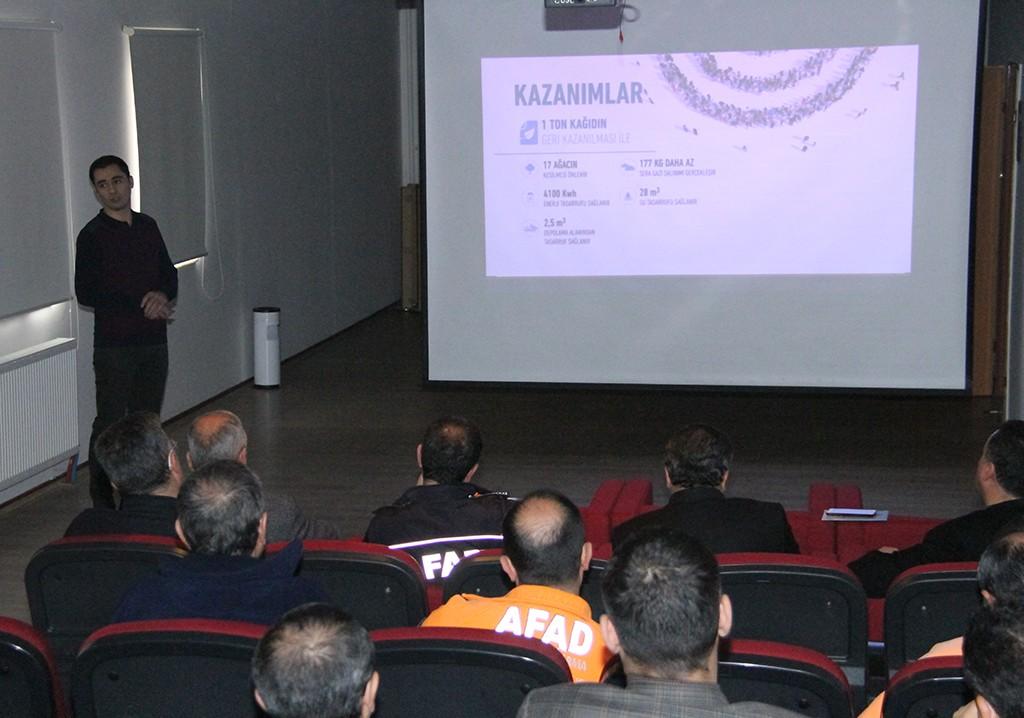 """Erzurum'da """"Sıfır Atık Projesi"""" semineri"""