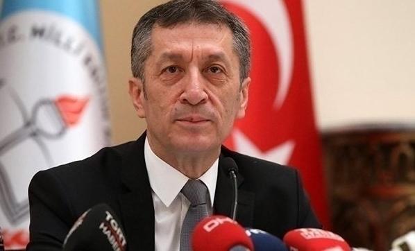 Milli Eğitim Bakanı Selçuk: Ek süre yok hepsi kapatılacak!