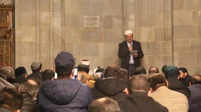 Erzurum ve Erzincan'da Çin'e Doğu Türkistan Protestosu