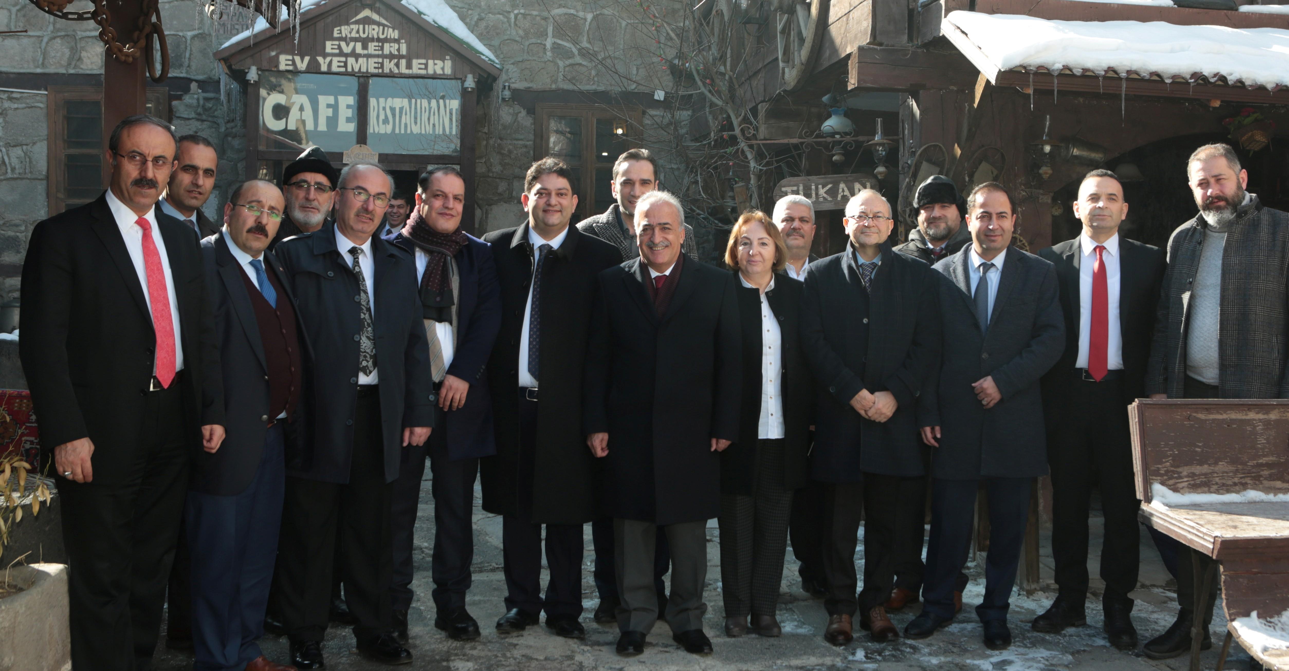 Rektör Çomaklı, Erzurum Ticaret Borsasına konuk oldu