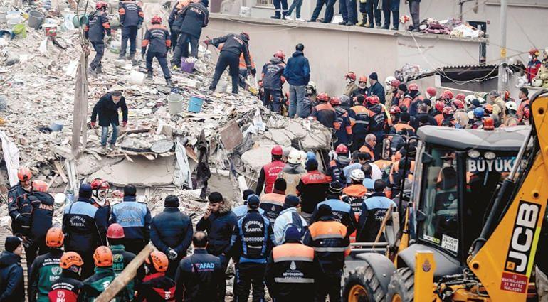 Kartal'daki çöken binada kurtarma anına ilişkin yeni görüntüler ortaya çıktı