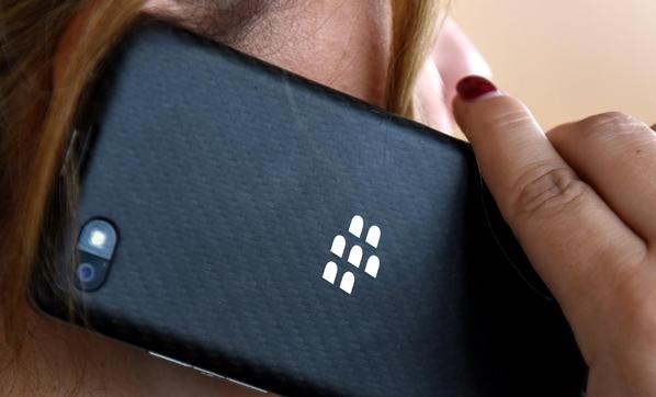 Blackberry'den Twitter'a patent ihlali suçlaması