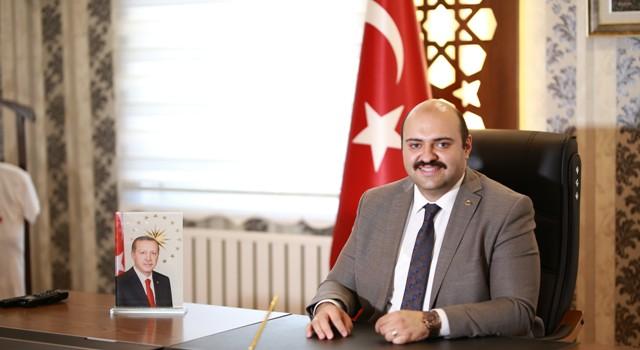 """Başkan Orhan: """"Vatan sevgisinin zaferidir Çanakkale"""""""