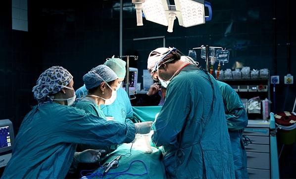 Koruyucu cerrahi tedavi sürecini olumlu etkiliyor