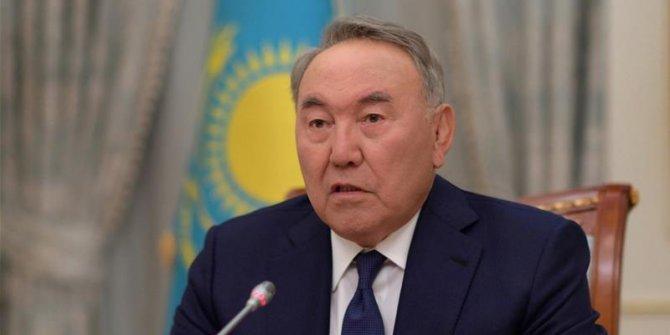 Kazak lider Nazarbayev 'ömür boyu kurucu lider' olacak
