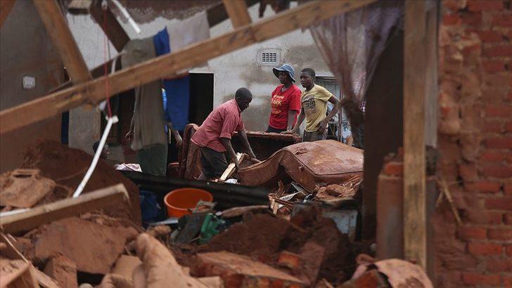 Idai kasırgasında ölenlerin sayısı 700'ü geçti