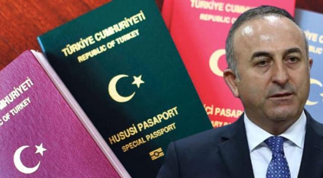 Bakan Çavuşoğlu'ndan pasaportsuz seyahat açıklaması