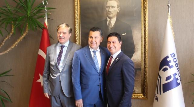 Bodrum Belediye Başkanı Aras görevi Kocadon'dan devraldı