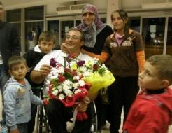 Havalimanında çiçeklerle karşıladılar
