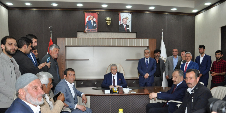 Başkan Ahmet Dölekli görevine başladı