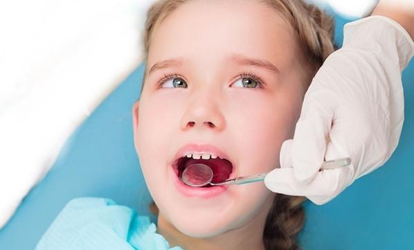 Çocuklarda diş çapraşıklıklarına dikkat
