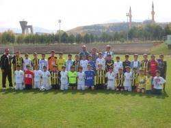 Erzurum'da babalar sahada