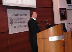 AÜ'de 24 akademisyen doçent oldu