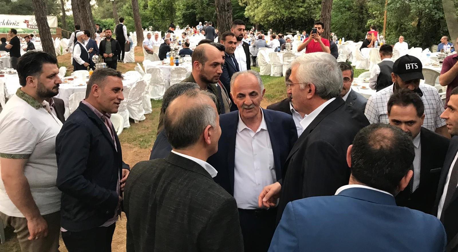 Ak Parti Erzurum İl teşkilatı İstanbul'a çıkarma yaptı