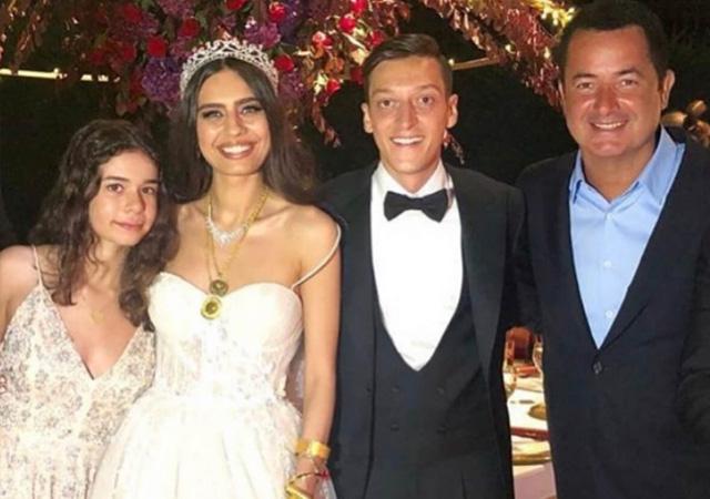 Mesut Özil'in düğününe Acun Ilıcalı'nın dansı damga vurdu