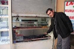 Oltu'da hırsızlar polisi yaraladı