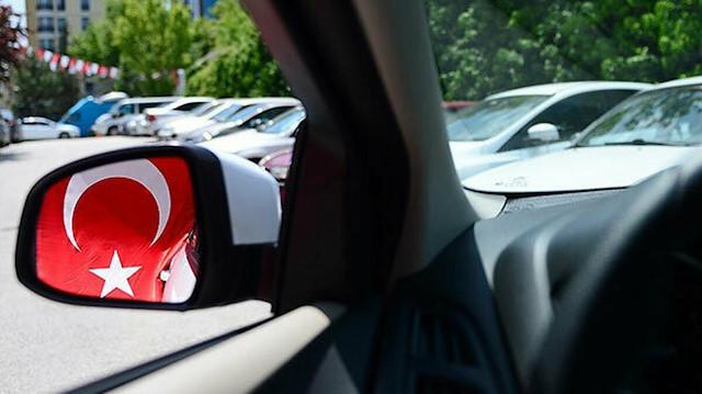Türk iş adamı yerli elektrikli otomobil üretecek