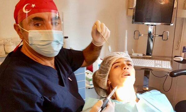 Kemik kaybı oluşmadan implant yapılması çok önemli