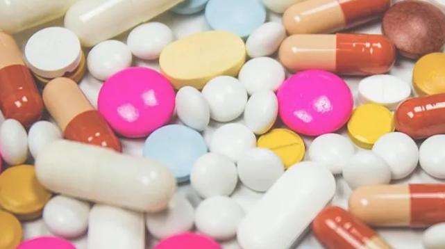 üç kanser ilacının daha geri ödeme listesine alındığını açıkladı