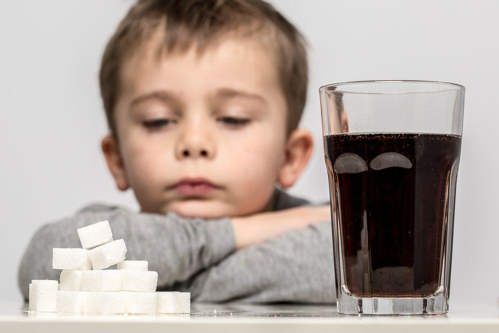 """""""Şekerli içecekler çocukları hiperaktif yapıyor"""""""