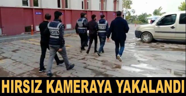 Erzurum'da çaldıkları paralarla yakalandılar
