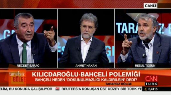 CNN Türk canlı yayınında birbirlerine bela okudular